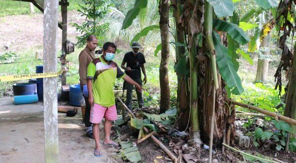 จีนฮ่อเมาโหด ทะเลาะญาติตัวเอง บันดานโทษะ ทุบตายอืด คาสวนยางพารา ในป่าลึก อ.เบตง